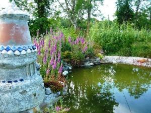 circle june pond