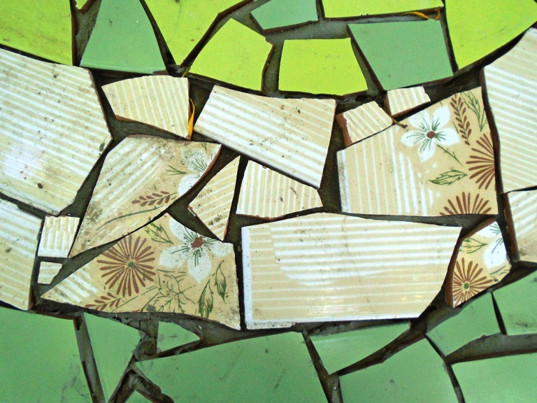 mosaic table 009