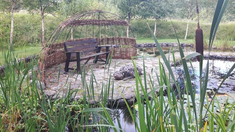 brid garden 156